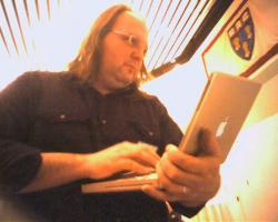 Ethan Zuckerman: the history of digital community, in less than 7 minutes